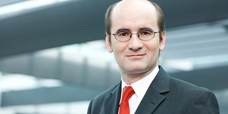Nach Meinung von Johannes Müller, Chefökonom der Deutsche Asset & Wealth Management, steht die US-Notenbank kurz davor, den Fuß vom Gaspedal zu nehmen. - 1379498500_mueller,-johannes_ofizielles_foto