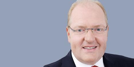 """Helmut Bernkopf, Bank Austria-Vorstand für Privat- und Firmenkunden: """"Der Kunde entscheidet, wie, wann und wo er mit uns in Kontakt tritt und Betreuung in ... - 1381236457_bernkopf"""