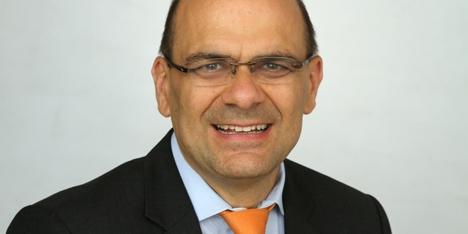 Mainfirst. Frank Schwarz ... - 1443008942_schwarz